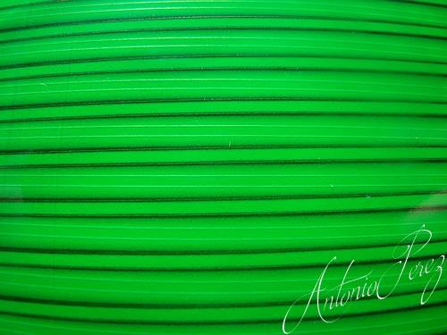 Synthetic Tapered Quill Vert Fluo Autocollant